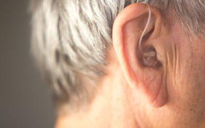 La pérdida de audición puede estar relacionada con la depresión en las personas mayores