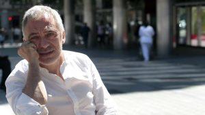Josep Maria Herrera en La Contra de La Vanguardia: «Debo preguntarme si la vida que estoy viviendo es la mía»